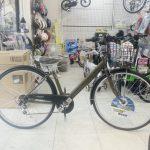 アーミーなマットグリーンの自転車