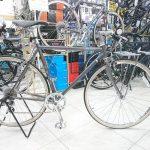クロスバイクに荷台つけて・・・・①