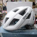 SMITHヘルメット ポータル かぶりやすくスタイリッシュでクロスバイクにも似合う