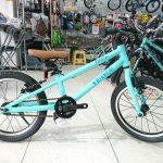 ビアンキの子供自転車 ピラータ 16&20 (2018)