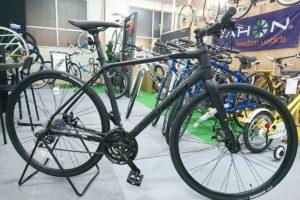 真っ黒のクロスバイクならメリダ グランスピード80MD