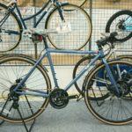 シンプルで美しいクロモリの自転車 FUJI フェザーCXフラット