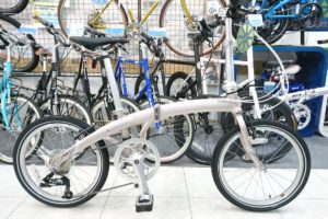 "<span class=""title"">キレイ系折り畳み自転車ならDAHONのMuD9</span>"